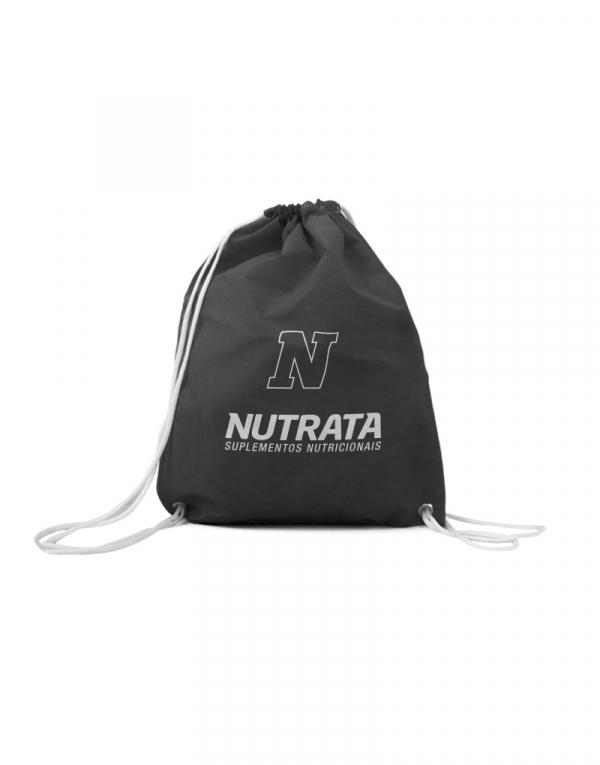 esta é uma mochila sacola preta com alças brancas